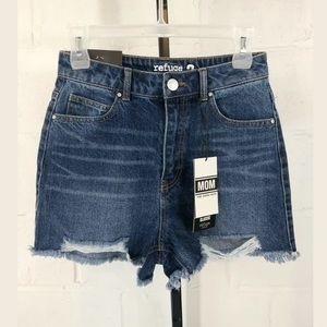Refuge Classic Mom Denim Shorts Size 3 NWT